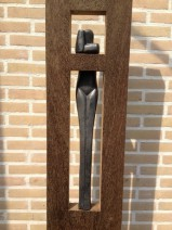 7 Lamers, hangende vrouw, hout, keramiek, 1800,--