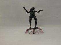 Albert Hendriks - Zwarte vrouw met paarse voet - Glas - 11cm - € 115