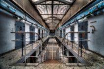 Jorieke Westhoff - Prison Break - FineArt Print op 3 mm dibond + 3 mm acryl -  90 x 60cm - € 1237,5,- -No 1. -
