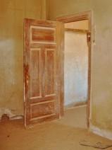 Open door 1 - foto op dibond met alu frame - 60x80 - opl. 3-25 - 595_576x768