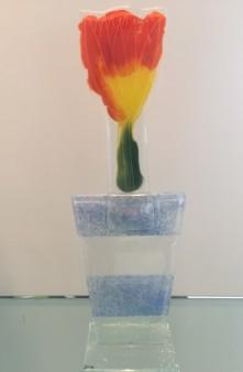 Katarzijna Karbwonik - Tulp in pot 13 - glas - 50_393x600